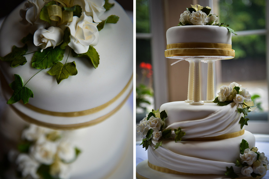 wedding cake at Pierre's Restaurant, Abbey Grange Hotel, Nuneaton, Warwickshire
