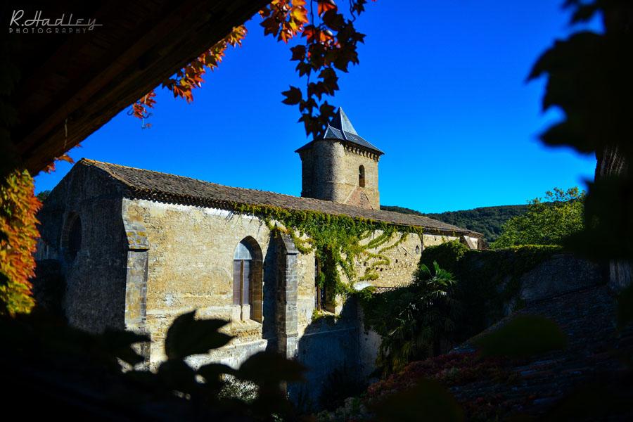 Wedding photography at L'Abbaye Chateau de Camon, Ariège, France