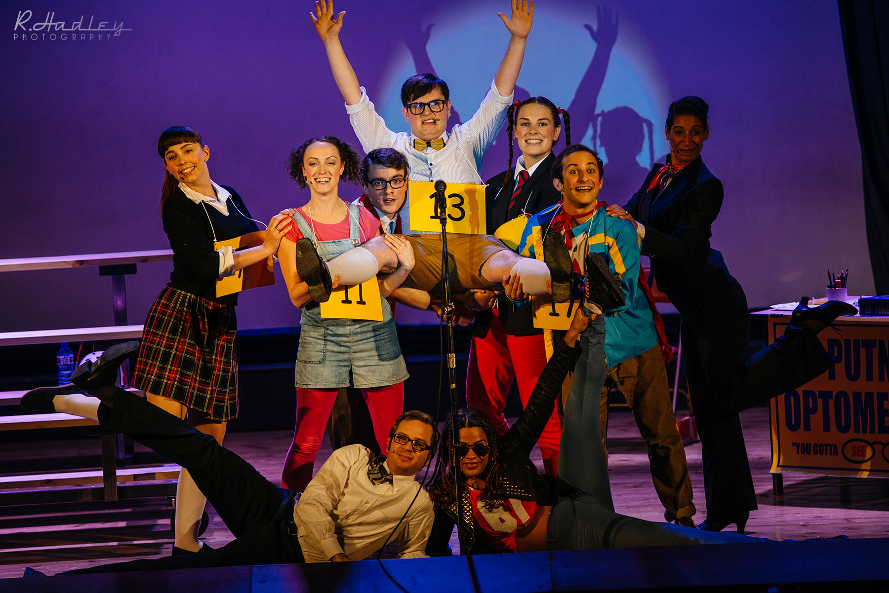 Photography of Jocular Theatre Company in Barcelona. Showcasing 'The 25th Annual Putnam County Spelling Bee'
