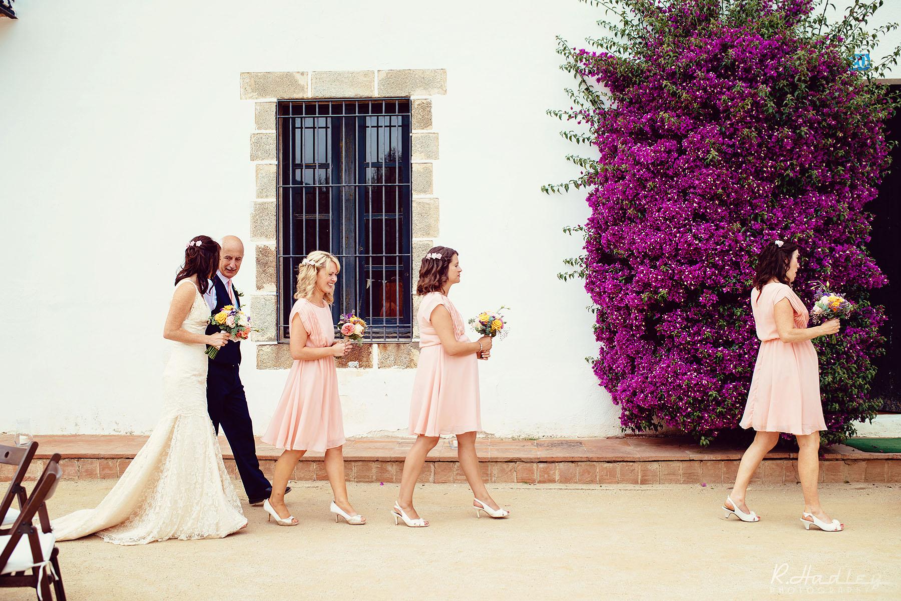 Wedding photographer at Sant Pere de Clara, Barcelona
