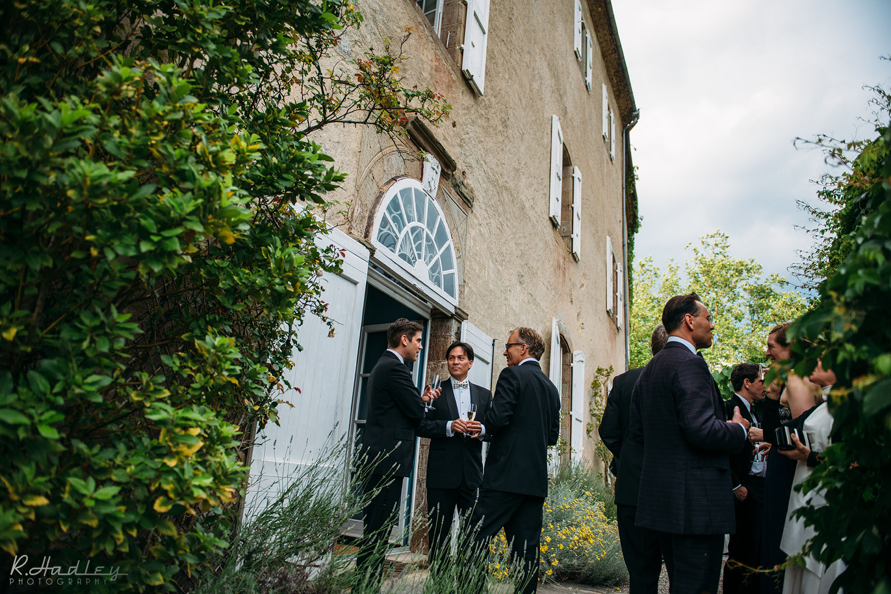 L'Abbaye-Chateau de Camon, France. Event and wedding photographer