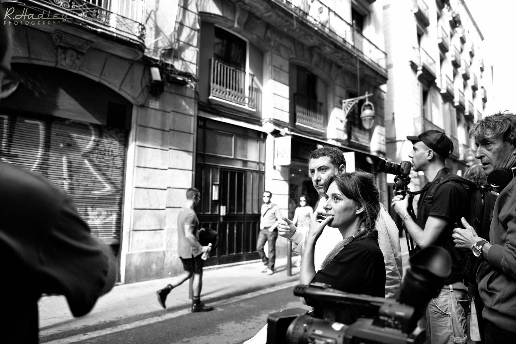 Behind the scenes of a Carolina de Santis film production in Barcelona. On set photographer.