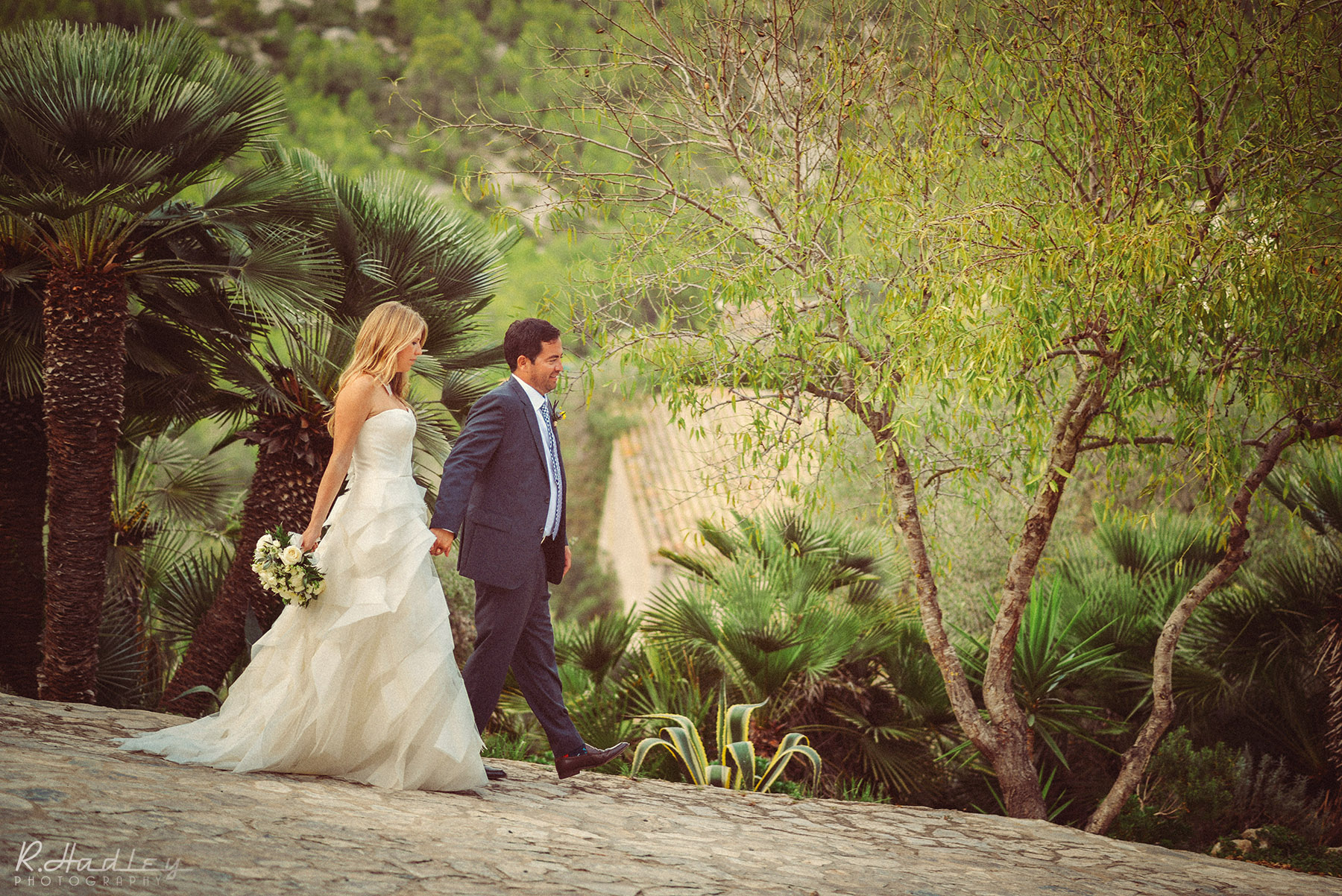 An amazing wedding at Casa Felix, Sitges, near Barcelona, Spain