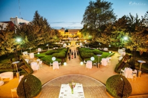 corporate event photographer in Madrid