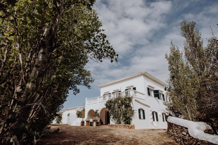 Beautiful wedding at Santa Victoria farm in Menorca. Working with fellow photographer Laura Mazzello and wedding planner MenorcaWed